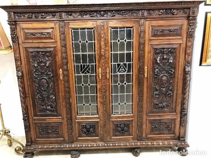 Mueble armario de nogal tallado a mano comprar armarios - Armario antiguo segunda mano ...