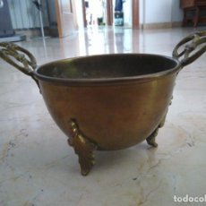 Antigüedades: ANTIGUO MACETERO DE LATÓN. 13 CM DE DIÁMETRO. 9 CM DE ALTURA.. Lote 97209559