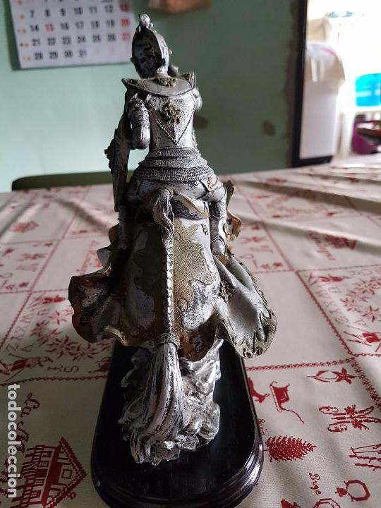 Antigüedades: Figura de resina caballero a caballo con su armadura - Foto 2 - 97212391