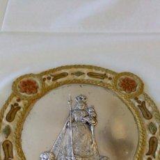 Antigüedades: PLANCHA DE PLATA CON RELIEVE DE LA VIRGEN DE LOS REMEDIOS. Lote 97293871