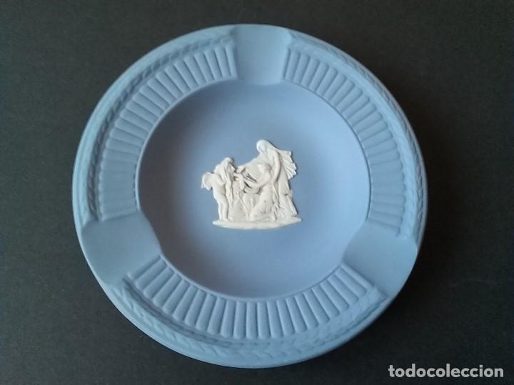CENICERO DE PORCELANA WEDGWOOD (Antigüedades - Porcelanas y Cerámicas - Inglesa, Bristol y Otros)