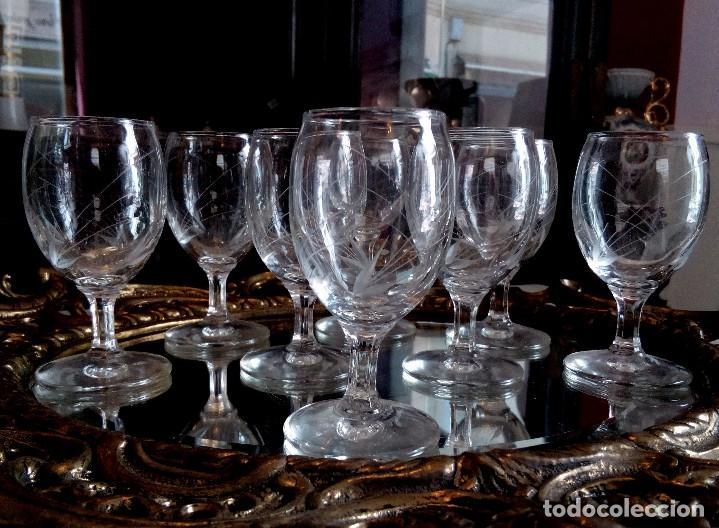 Antigüedades: JUEGO DE 8 COPAS DE LICOR EN CRISTAL DE BOHEMIA TALLADO. - Foto 8 - 97317411