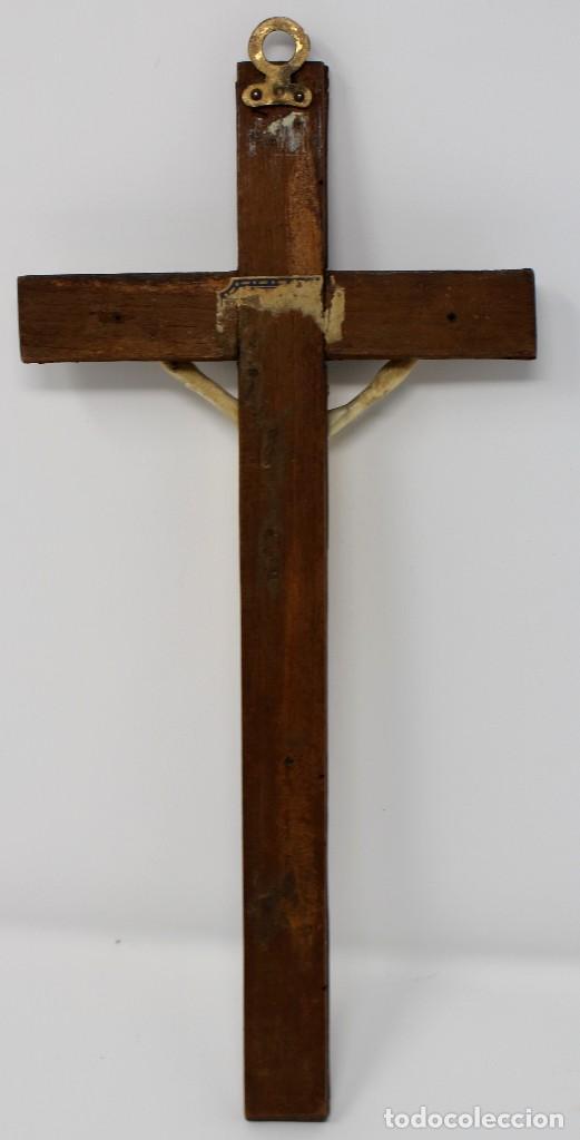 Antigüedades: CRUCIFIJO CON CRISTO DE MARFIL Y CRUZ DE CAREY - SIGLO XVIII - CRUZ 33 x 15 cm - CRISTO 13 X 12 cm - Foto 5 - 97362583