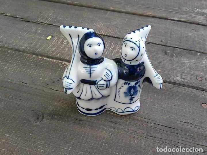 Antigüedades: Campesinos porcelana rusa Gzhel - Foto 5 - 97440735