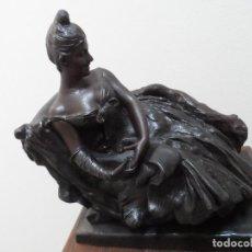 Antigüedades: FIGURA EN CALAMINA SIGLO XIX. Lote 97452291