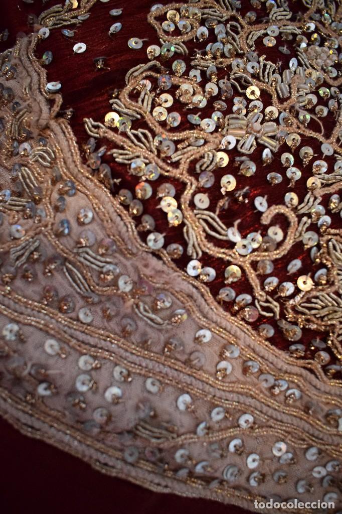 Antigüedades: Impresionante falda para imagen virgen o regional bordada en pedreria o saya 4,40 cm de vuelo x 110 - Foto 11 - 97478203
