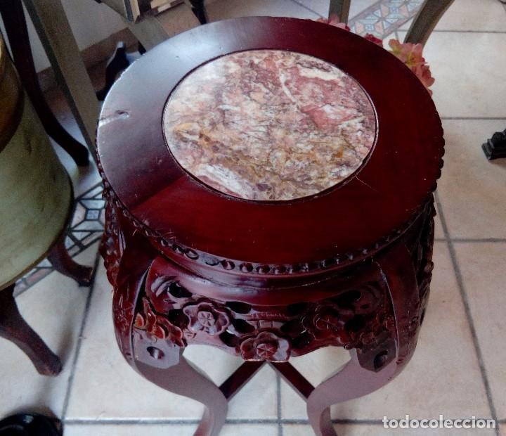 Antigüedades: ESPECTACULAR PEDESTAL CHINO EN MADERA TALLADA DE PALISANDRO Y MARMOL - 77 CM - Foto 2 - 114315614