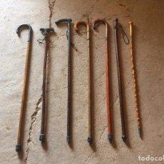 Antigüedades: ANTIGUA COLECCION DE 7 BASTÓN / BASTONES DE MADERA VARIAS FORMAS AÑOS 40-50. Lote 97644975