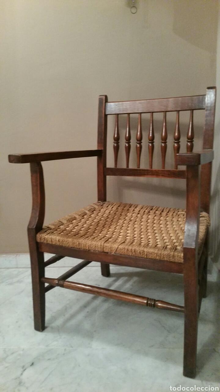 Antigüedades: Antigua Silla (Sillón) de madera con brazos. Asiento de cuerda. Años 50. S. XX. (Con cojín). - Foto 4 - 97736431