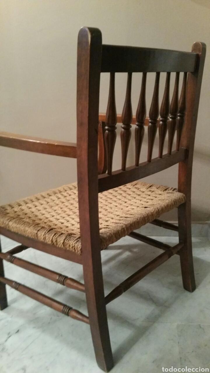 Antigüedades: Antigua Silla (Sillón) de madera con brazos. Asiento de cuerda. Años 50. S. XX. (Con cojín). - Foto 5 - 97736431