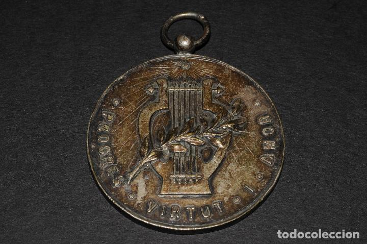 Antigüedades: MEDALLA DE PLATA - PROGRES VIRTUT I AMOR - AÑO 1952 - Foto 2 - 97767039