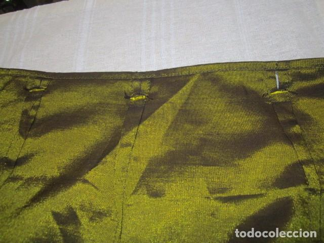 Antigüedades: Falda pareo. Cintura regulable. Ancho total: 124 cms. Largo: 98 cms. - Foto 3 - 97771923