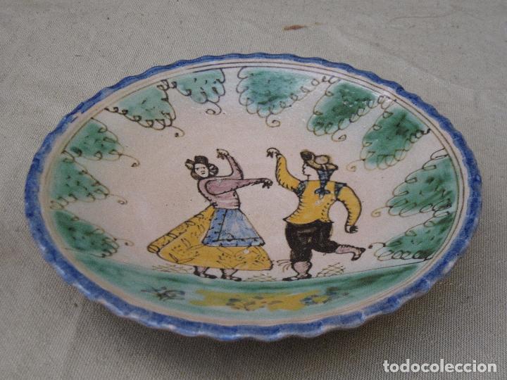 PLATO ANTIGUO EN CERAMICA DE PUENTE DEL ARZOBISPO ( TOLEDO ) (Antigüedades - Porcelanas y Cerámicas - Puente del Arzobispo )
