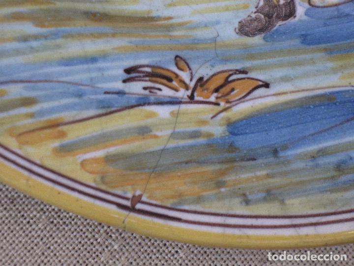 Antigüedades: PLATO ANTIGUO EN CERAMICA DE RUIZ DE LUNA. - PRIMERA EPOCA - TALAVERA ( TOLEDO ) - Foto 4 - 197813291