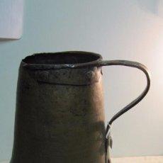 Antigüedades: CENTENARIA LECHERA REALIZADA EN COBRE. Lote 97914587