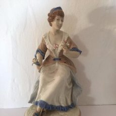 Antigüedades: FIGURA DE PORCELANA DE MANISES. Lote 97949899