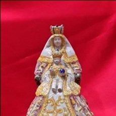 Antigüedades: CERAMICA DE TRIANA. VIRGEN CON EL NIÑO... NUESTRA SEÑORA DE LOS REYES.. Lote 181447638