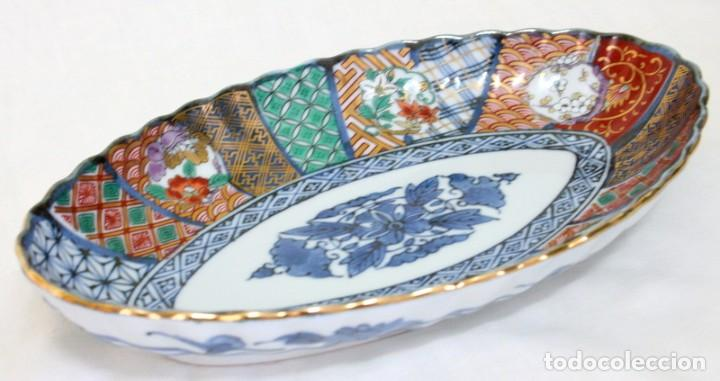 Antigüedades: antiguo plato de porcelana japonesa imari - Foto 3 - 118261846