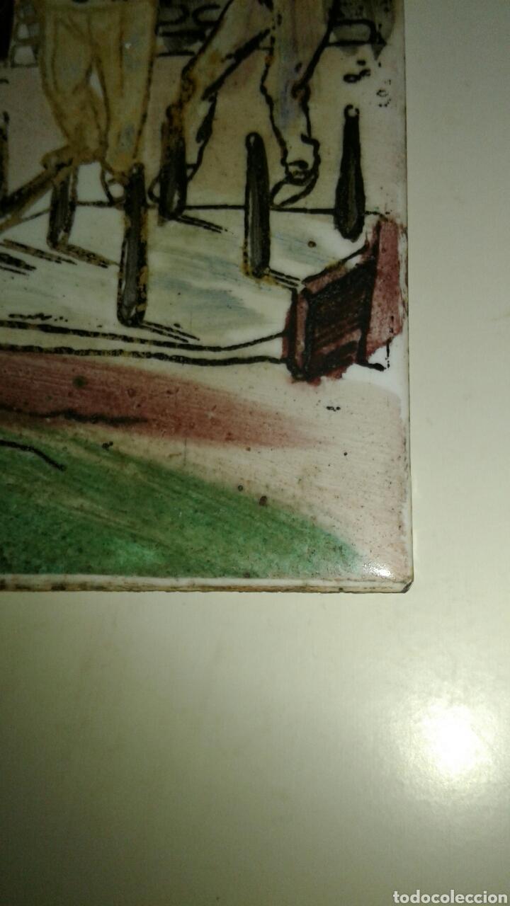 Antigüedades: Muy antiguo azulejo con obra JOSE ARRUE Pintado a mano Años 40 Firma ilegible Pais Vasco - Foto 11 - 97009163