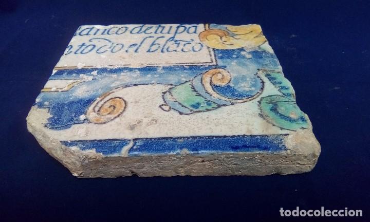 Antigüedades: MAGNÍFICO ANTIGUO AZULEJO CON ESCRITURA - Foto 3 - 98068339