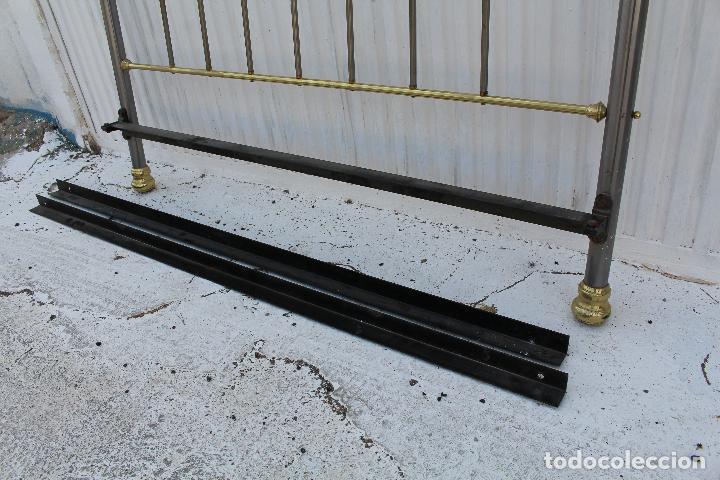 Antigüedades: cama en metal dorado - Foto 2 - 98177491