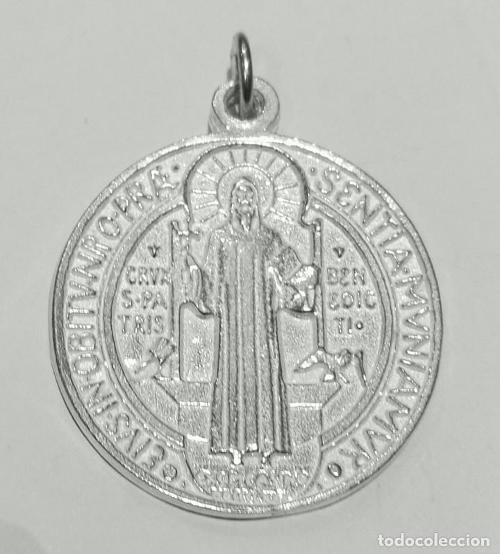 65c048566e3 MEDALLA SAN BENITO GRANDE EN PLATA DE LEY MACIZA - 32MM - 10GRS  (Antigüedades -