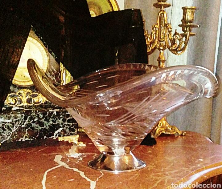 Antigüedades: Centro de mesa de cristal italiano. Tallado a muela. Base plateada. - Foto 6 - 98192675