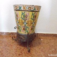 Antigüedades: ANTIGUO MACETON DE PATIO CERAMICA DE TRIANA A CUERDA SECA. Lote 98195927