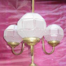 Antigüedades: LAMPARA ANTIGUA ART DECO CIRCA 1900 LATON DECORACION CLASICA VINTAGE. Lote 98207239