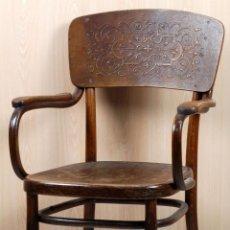Antigüedades: SILLA THONET MADERA TALLADA CON BRAZOS SELLO Y ETIQUETA HACIA 1900. Lote 98207579