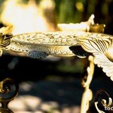 Antigüedades: MESA CHIC DE PLANTAS FRANCESA LATÓN DE BRONCE DE ESTILO ART NOUVEAU. Lote 98402031
