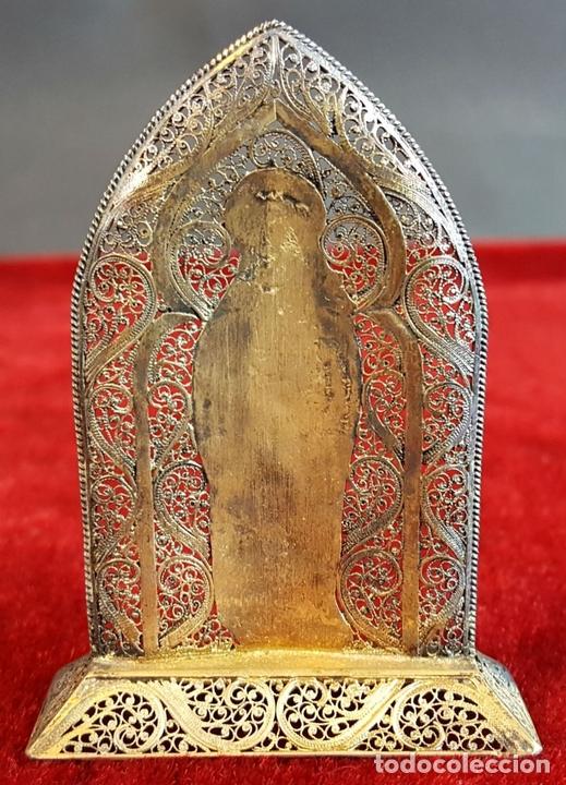 Antigüedades: VIRGEN MARÍA. METAL ESMALTADO. HORNACINA EN MADERA CUBIERTA. SIGLO XX. - Foto 2 - 98437987