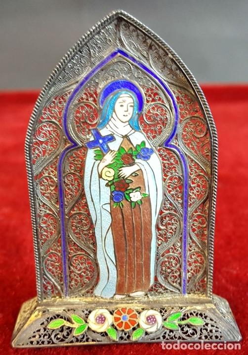 Antigüedades: VIRGEN MARÍA. METAL ESMALTADO. HORNACINA EN MADERA CUBIERTA. SIGLO XX. - Foto 5 - 98437987