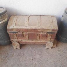 Antigüedades: BAÚL ANTIGUO. Lote 98446539