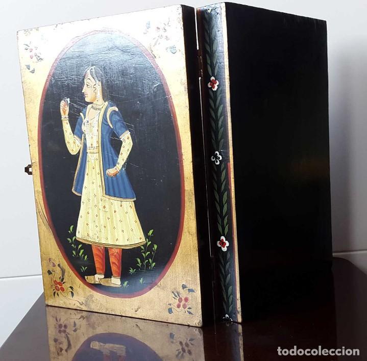 Antigüedades: ANTIGUA CAJA INDIA DE MADERA PINTADA A MANO - SIGLO XIX - Foto 3 - 98488571