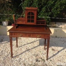 Antigüedades: ANTIGUO ESCRITORIO DE ROBLE CON VITRINA INCORPORADA. HEINR,LIPS ZURICHI SUIZA.. Lote 98490619