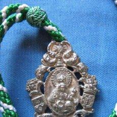 Antigüedades: MEDALLA CON CORDON DE NTRA SRA DE CONSOLACION PATRONA DE CARRION DE LOS CESPEDES. Lote 98507831