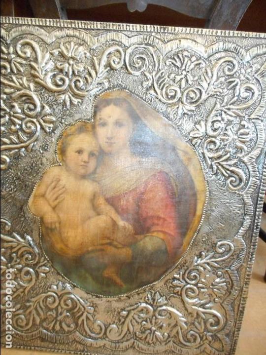 Antigüedades: Cuadro repujado de la Virgen y el Niño - Foto 6 - 98565995