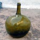 Antigüedades: DAMAJUANA GARRAFA VIDRIO SOPLADO CON REFUERZO EN LA BOCA APLICADO EN CALIENTE MUY ANTIGUA. Lote 98596323