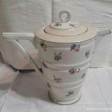 Antigüedades: CAFETERA DE PORCELANA DE LIMOGES FRANCIA.. Lote 98634123