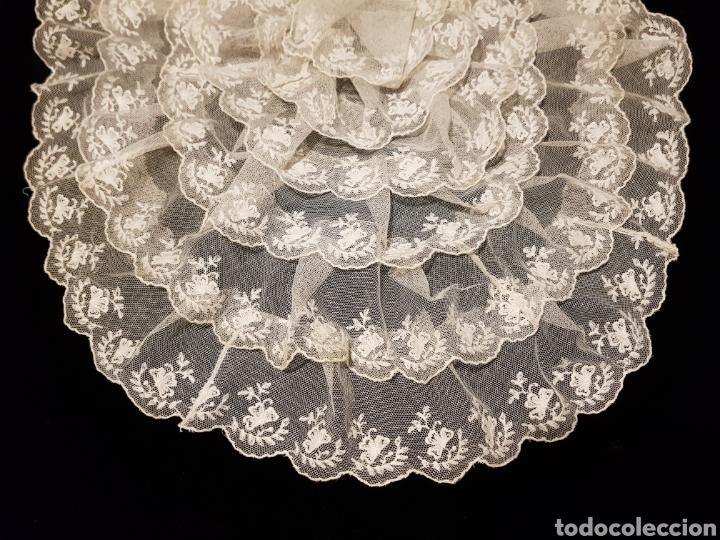 ELEGANTE BLONDA ANTIGUA DE TUL BORDADO (Antigüedades - Moda - Encajes)
