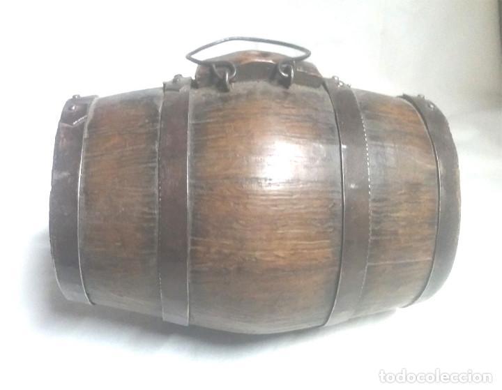 TONEL BARRICA PASTOR AÑOS 40, DE ROBLE, COMPLETA TODO DE ORIGEN 2 LITROS. MED. 20 X 15 CM (Antigüedades - Técnicas - Rústicas - Ganadería)