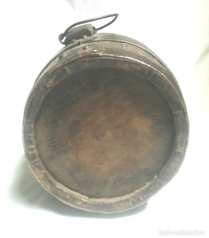 Antigüedades: Tonel barrica pastor años 40, de roble, completa todo de origen 2 litros. Med. 20 x 15 cm - Foto 2 - 98674667