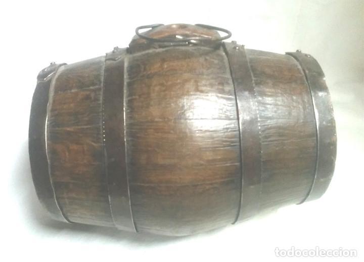 Antigüedades: Tonel barrica pastor años 40, de roble, completa todo de origen 2 litros. Med. 20 x 15 cm - Foto 3 - 98674667