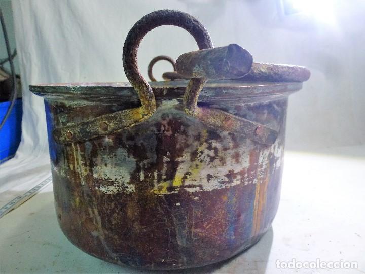 Antigüedades: CALDERO DE COBRE CON ASA DE HIERRO FORJADO - Foto 5 - 98782723