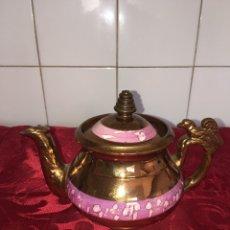 Antigüedades: FABULOSA TETERA DE BRISTOL REFLEJO DORADO. Lote 98784560