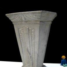 Antiquitäten - ELEGANTISIMO JARRON FLORERO ART NOUVEAU MODERNISTA EN FUNDICION ALUMINIO CIRCA 1920 - 98805143