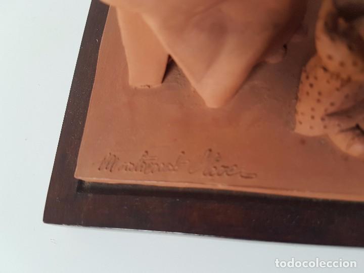 Antigüedades: FIGURA EN TERRACOTA ( FIRMA MONTSERRAT OLIVER ) - Foto 3 - 98860195