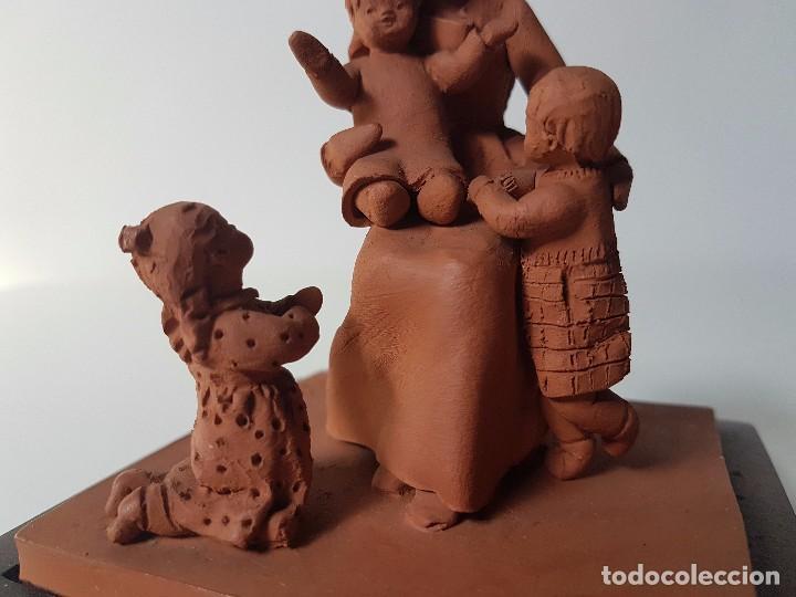 Antigüedades: FIGURA EN TERRACOTA ( FIRMA MONTSERRAT OLIVER ) - Foto 13 - 98860195
