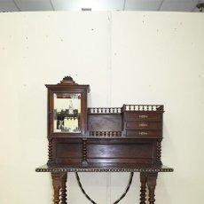 Antigüedades: ESCRITORIO ANTIGUO DE MADERA, ESTILO ALFONSINO. Lote 98969847